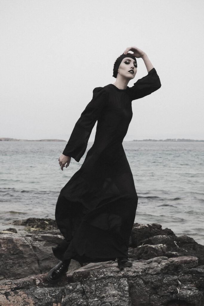 """Black Sin"" – Paramano.gr"